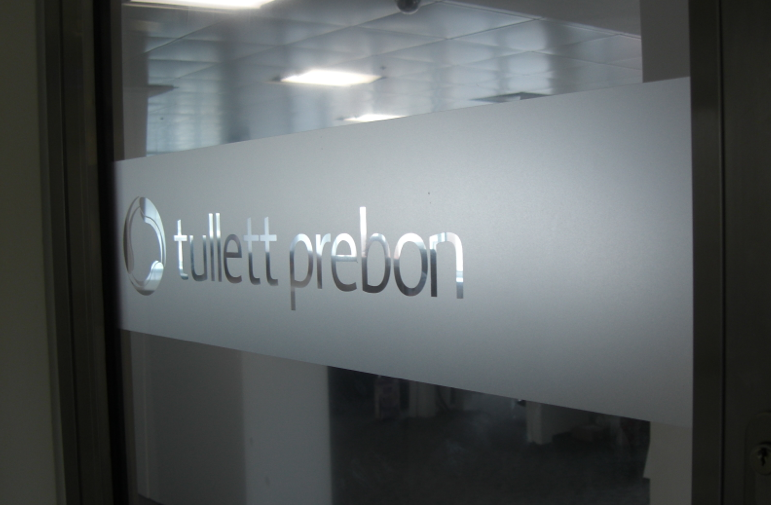 Frosted glass office signs and glasses on pinterest for Window manifestations