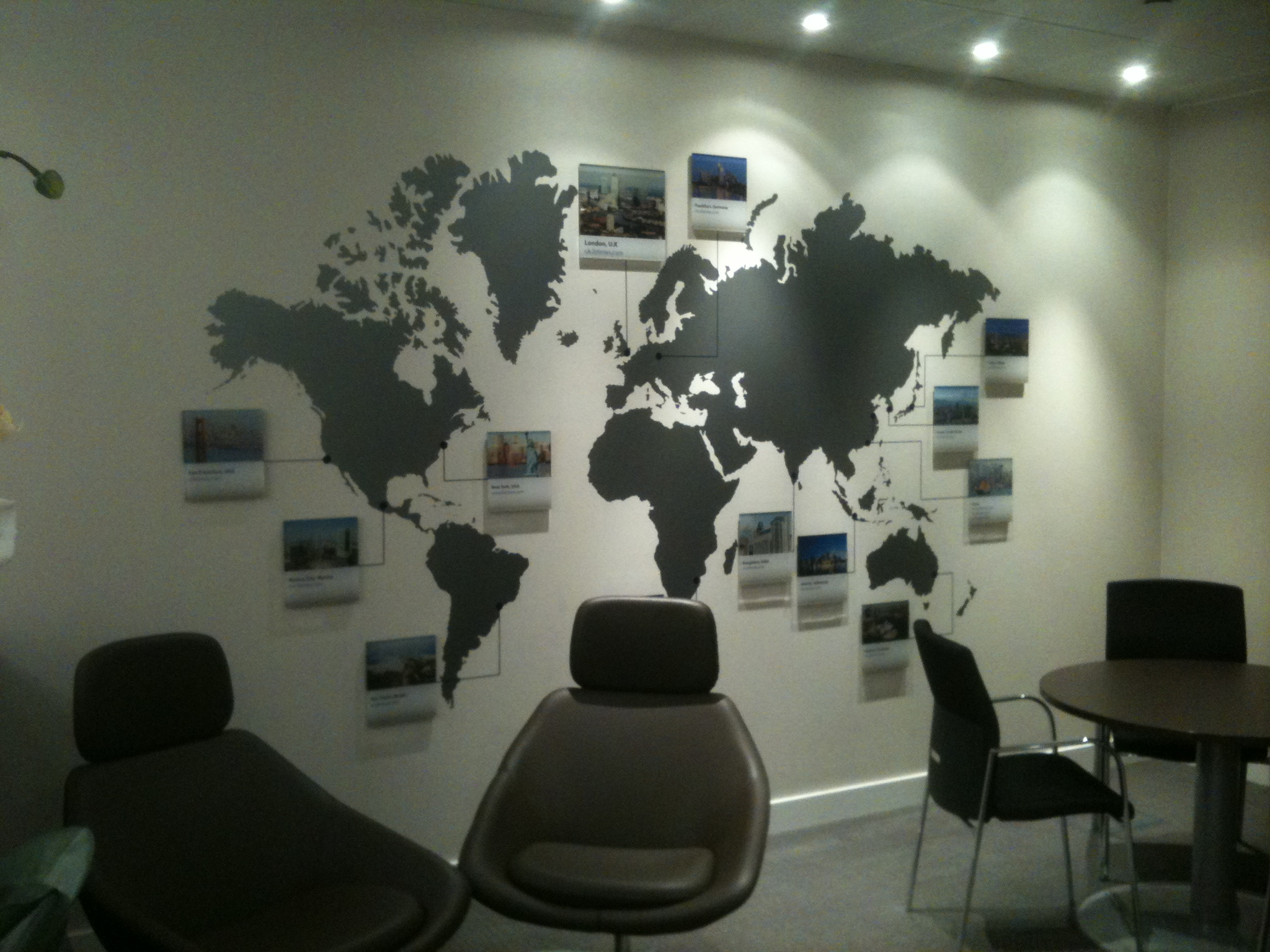 Exceptionnel Office World Map